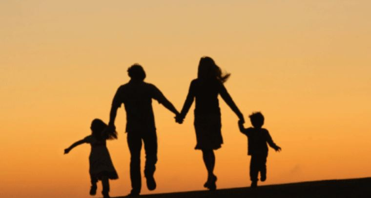 strong-family-relationships-helps-prevent-addiction