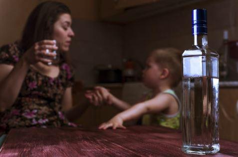 10-common-traits-adult-children-alcoholic-parents