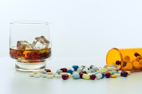poly-drug-abuse-mixing-drugs
